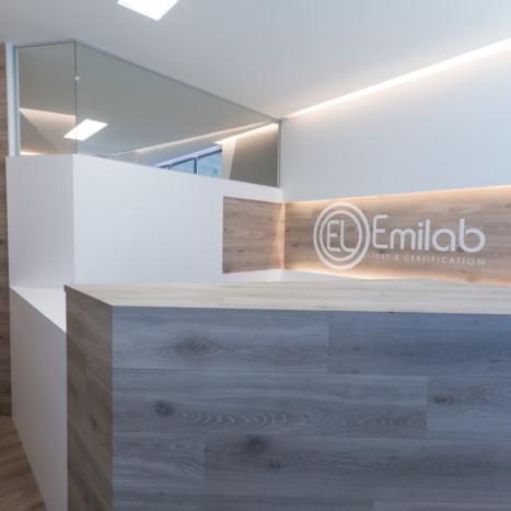 Bancone reception ufficio su misura